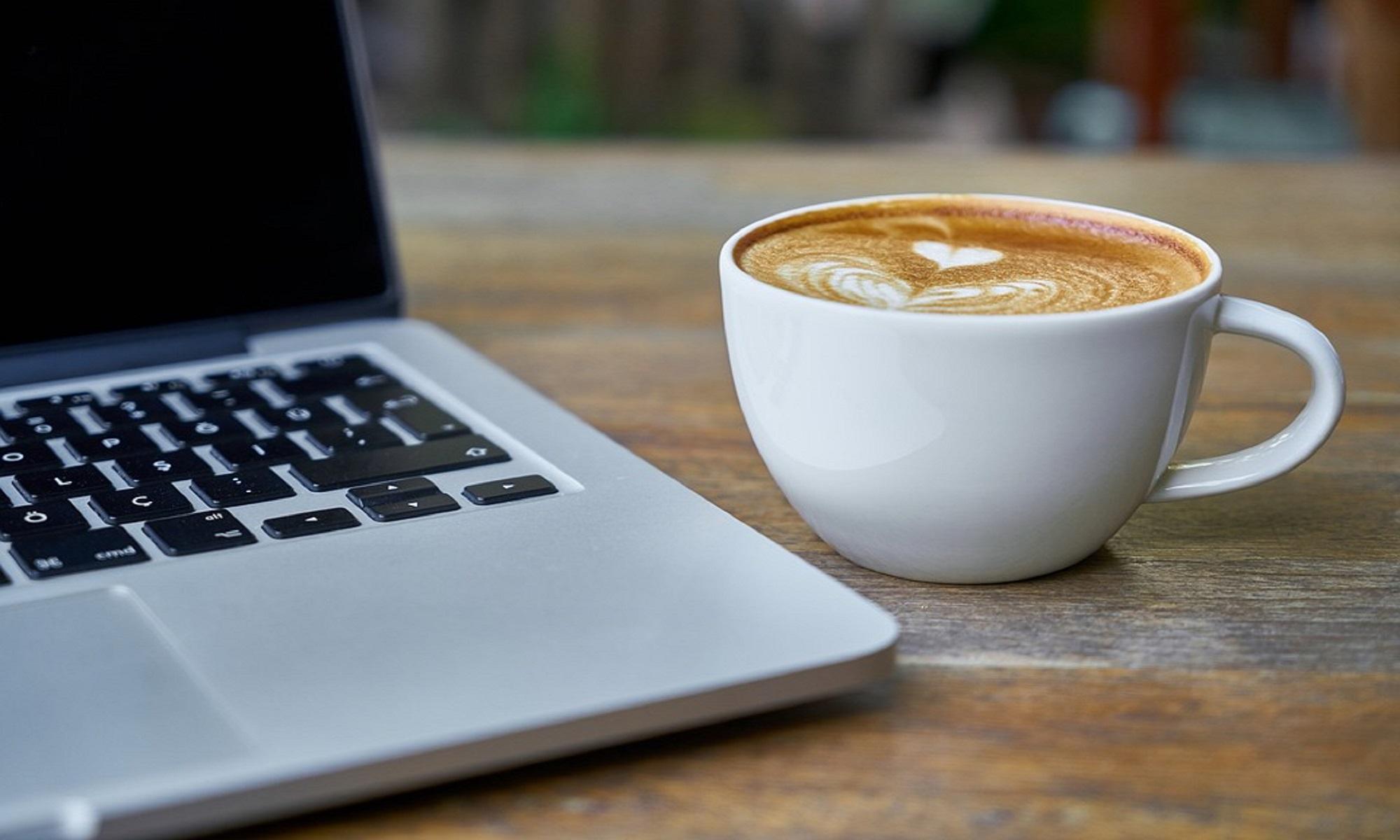 <p>Una web para la informática empresarial y personal del dia a dia.</p>